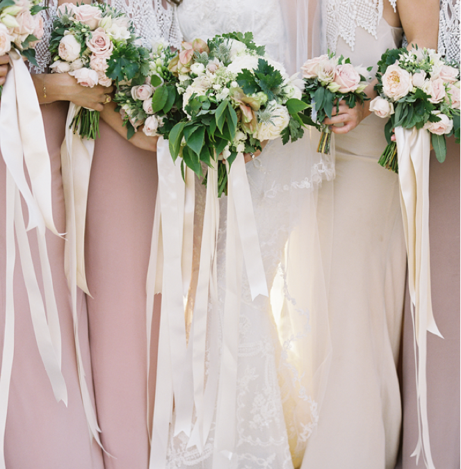 Bridal Bouquet Trends – Trailing Ribbon